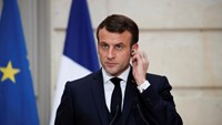 Tổng thống Pháp đổi điện thoại vì phần mềm gián điệp