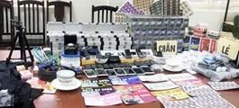 """Hà Nội: Đột kích kho thiết bị cờ bạc """"bịp"""" ở Mỹ Đình"""