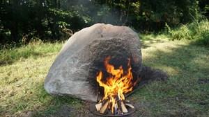 Kỳ lạ tảng đá bị đốt nóng lại phát sóng wifi