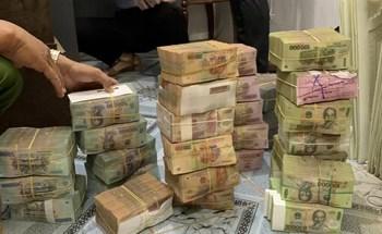 Công ty cao su bị đục két sắt trộm 6,3 tỉ đồng