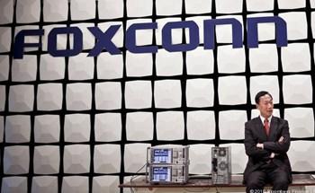 ĐÂY LÀ CÁCH MỘT 'VIÊN ĐẠN MADE IN CHINA' ĐÃ GĂM VÀO THÂN THỂ CỦA GÃ KHỔNG LỒ FOXCONN