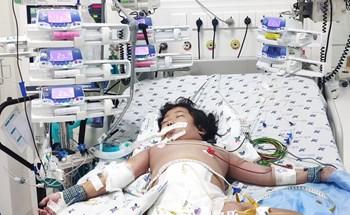 Bé gái sốc sốt xuất huyết suy đa cơ quan may mắn thoát chết