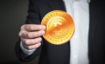 Mua bán Bitcoin ở Việt Nam có vi phạm luật không?