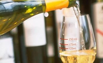 Mắc phải sai lầm phổ biến này khi uống rượu, thanh niên 29 tuổi tử vong