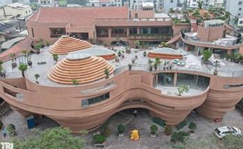 Cận cảnh nhà gốm trăm tỷ với thiết kế độc lạ tại làng cổ Bát Tràng