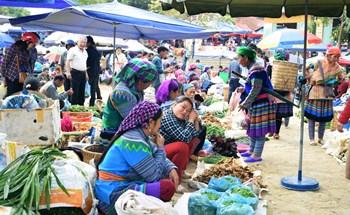 Khách đến Lào Cai tăng mạnh