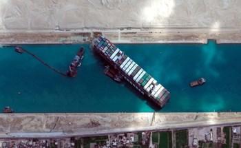 """Hé lộ khoản bồi thường """"khủng"""" giúp giải thoát siêu tàu làm tắc kênh Suez"""
