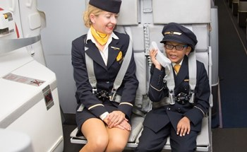 Nhiều hãng bay thay đổi cách chào hành khách