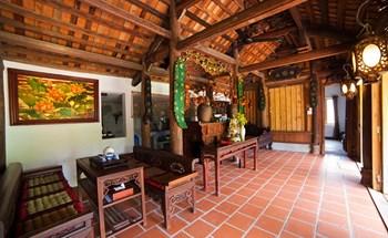 Nhà cổ 3 gian kiểu Bắc Bộ ở Nam Định được vận chuyển hơn 700km vào Hội An