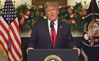 """""""Quà Giáng sinh muộn"""" của ông Trump dành cho hàng triệu người Mỹ"""