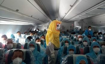 Chuyện chưa kể về chuyến bay đặc biệt chở 120 người Việt mắc Covid-19