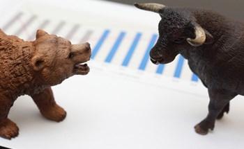 """Nhóm ngân hàng, chứng khoán """"dậy sóng"""", VN-Index bứt phá vượt mốc 1.030 điểm"""