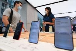 Nghịch lý Apple phải bồi thường Samsung vì iPhone ế khách, đây là lý do
