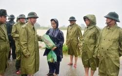 Cấp bằng Tổ quốc ghi công cho 13 người hy sinh khi đi cứu hộ