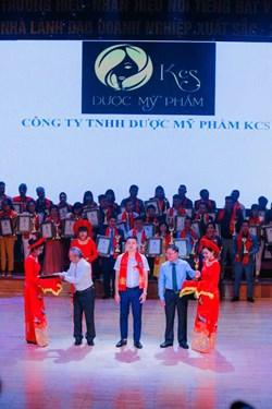 Dược Mỹ phẩm KCS được vinh danh top 10 Thương hiệu, nhãn hiệu nổi tiếng đất Việt 2020