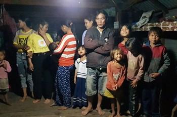 """Việt Nam đang """"nặng gánh"""" suy dinh dưỡng thấp còi ở trẻ em"""