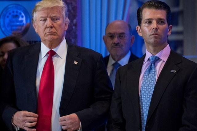 Tổng thống Mỹ Donald Trump và con trai cả Donald Trump Jr. (Ảnh: Washington Post)